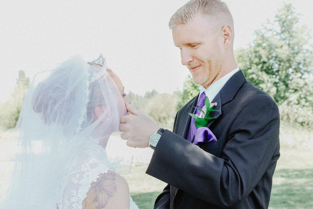 black-butte-ranch-bend-oregon-wedding-photographer-0-32.jpg