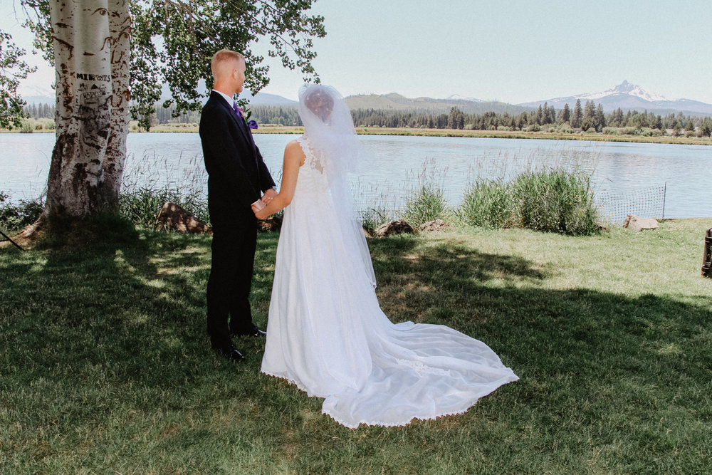 black-butte-ranch-bend-oregon-wedding-photographer-0-33.jpg