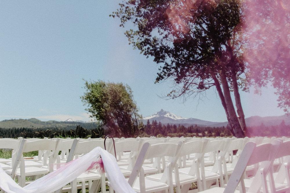 black-butte-ranch-bend-oregon-wedding-photographer-0-35.jpg