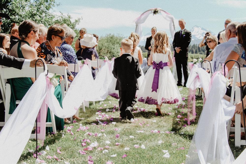 black-butte-ranch-bend-oregon-wedding-photographer-0-38.jpg