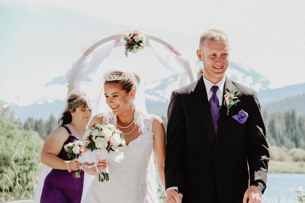 black-butte-ranch-bend-oregon-wedding-photographer-0-47.jpg