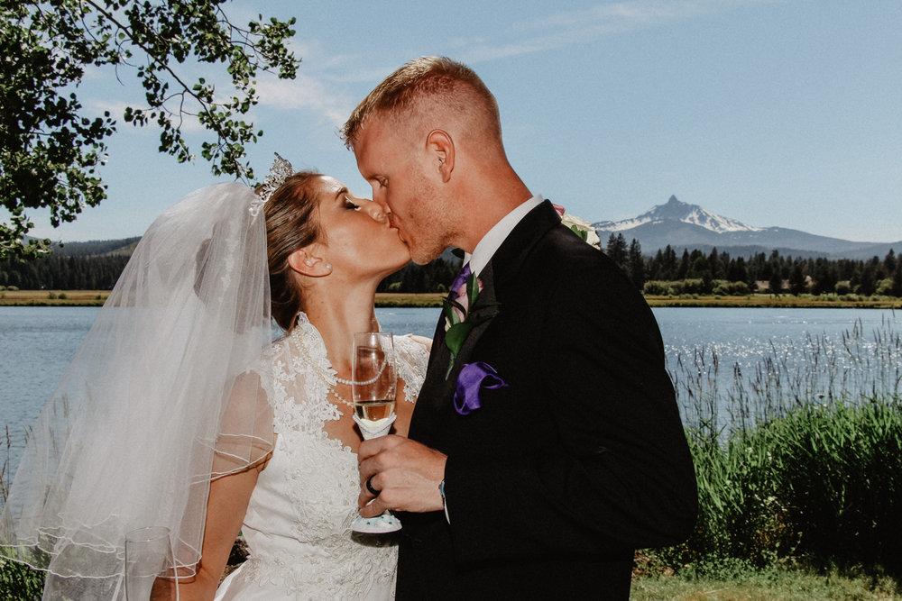 black-butte-ranch-bend-oregon-wedding-photographer