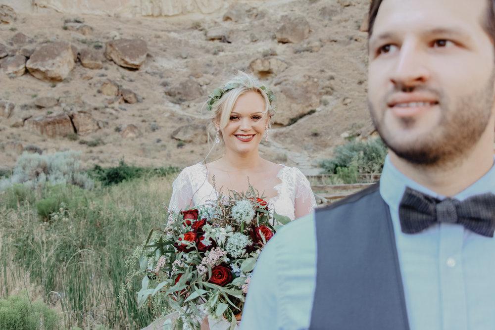 smith-rock-wedding-bend-oregon-12.jpg