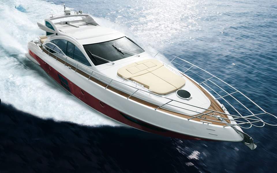 62' Azimut - 20103 hr $3,4006 hr $4,200Week $34,000 + Expenses