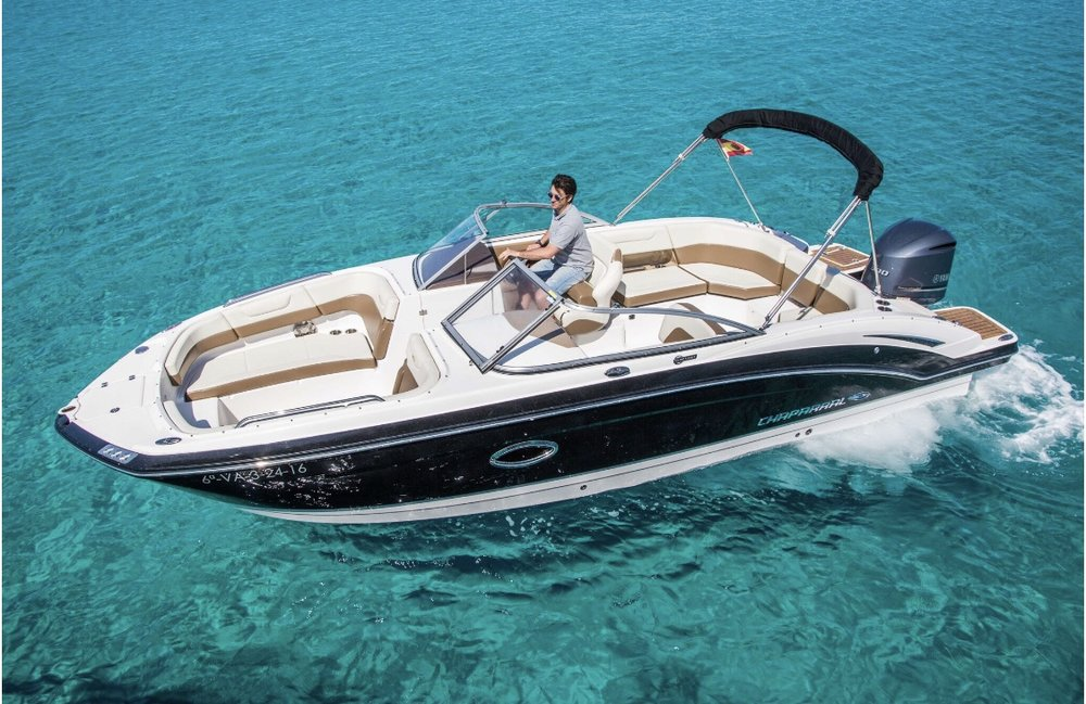 Chaparral 250 - 20168 hours  €1,200 + €120 Estimated fuel cost1 week €7,200 + ExpensesMaximum Passengers: 10