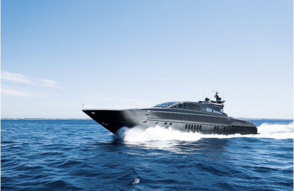 90' Leopard - 2009/ 2017 Refit8 hours €9,750 + €1200 Estimated fuel costWeek €58,500 + ExpensesMaximum Passengers: 12