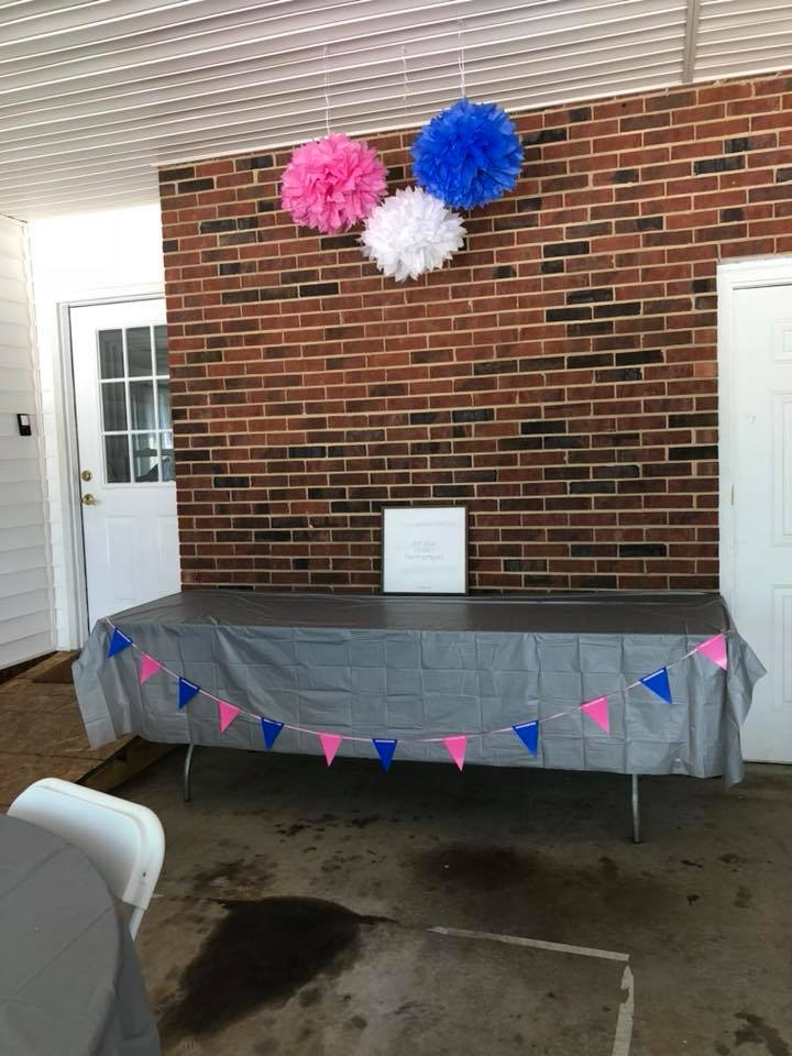 gender reveal party 7.jpg