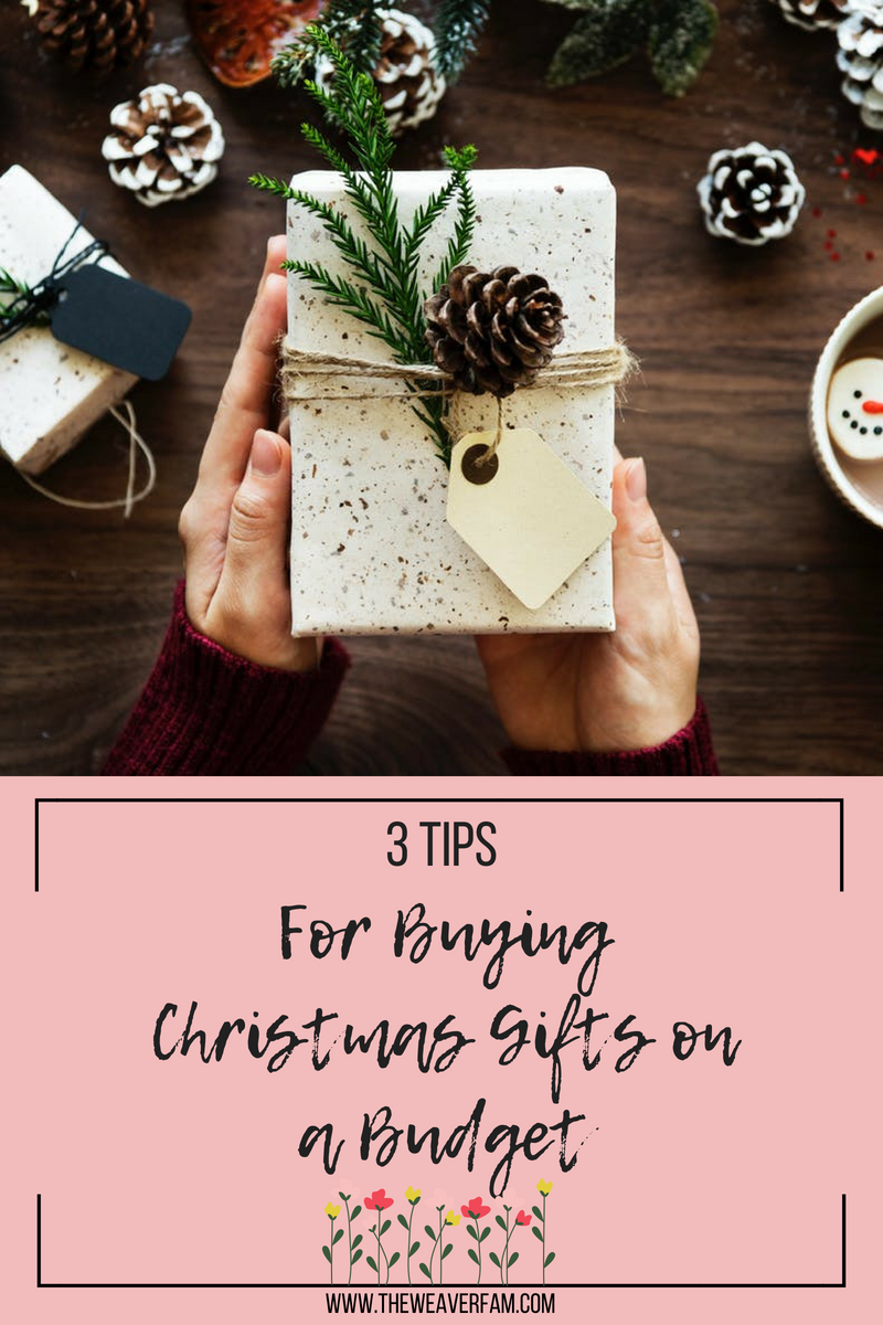 3 tips for buying christmas gifts on a budget.png