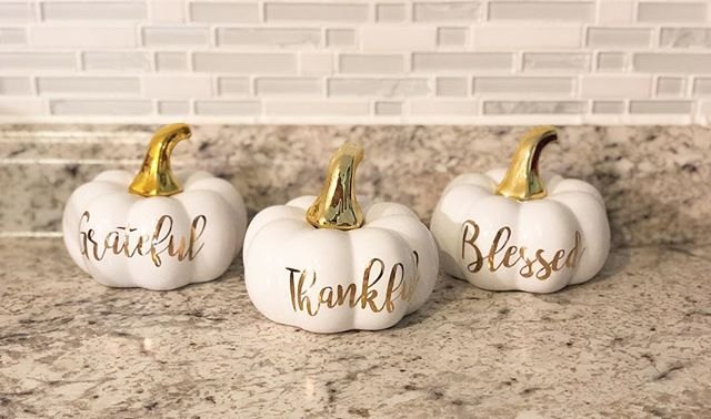 """🍁 New Fall Blog Series! 🍁 What makes a home """"cozy"""" and """"welcoming"""" to you? Is it the decor, the lighting, the food on the table, or the people who reside in it? To me, cozy is all those things and more. It's about my lifestyle and how I take care of my home and family. SO many aspects go into making my home a cozy and relaxing place to be. • • This fall throughout September and October, my """"Cozy Fall Home Series"""" will help you make your life more cozy and welcoming this holiday season! A few blogger friends and I are sharing our best tips for cozy living in the areas of home decor, marriage, parenting, food, and so much more. To kick off this series, I have a new post up on the blog about """"5 quick and easy ways to make your home a cozy haven"""" 🍁🍂 Check it out at the link in my bio and let me know what you think! Are you as excited about this series as I am?! • • • •  #wifelife #marriedlife #food #recipes #christianwife #marriage #moneysavingtips #wifeylife #mamalife #tipsandtricks #proverbswife #marriageblogger #christianblogger #lifestyleblogger #christianmarriage #womenoftheword #hisgracegirls #blogwithheart #travel #homedecor #bossgirlbloggers #diy #mommyblogger #pregnancy #mamatobe"""
