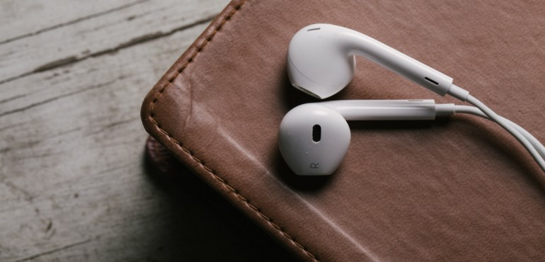 BIBLE-INTRO-earphones-770x370.jpg