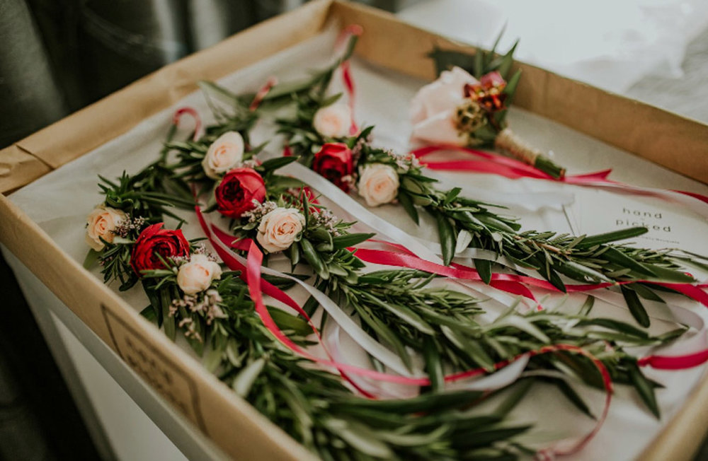 weddings/events - Flowers designed to make any day brighter