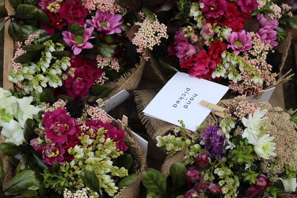 flower subscription - Never be left colourless!