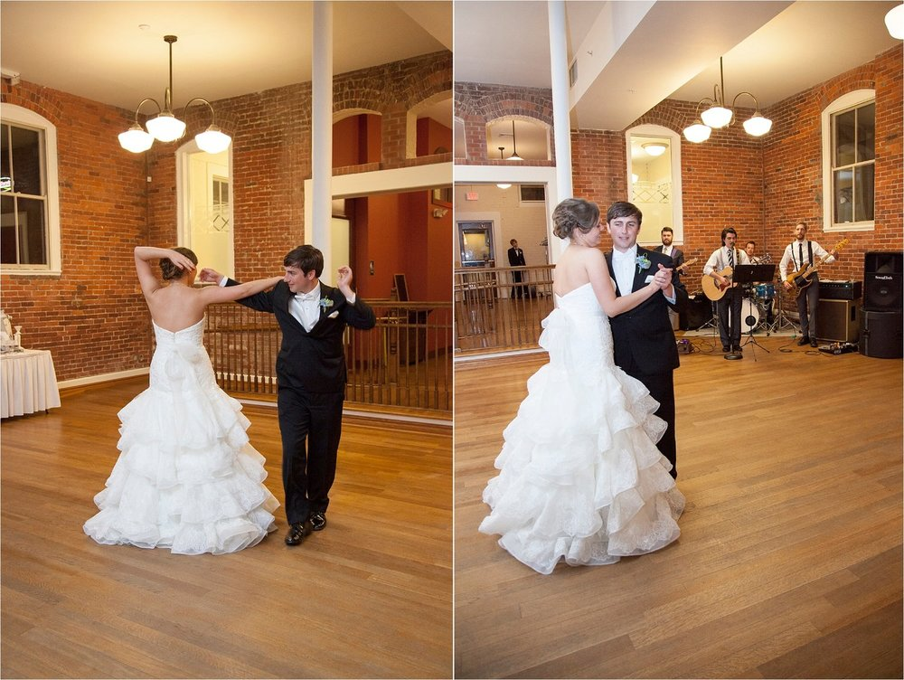 First Dance: The bride & groom danced a charming and carefree swing.