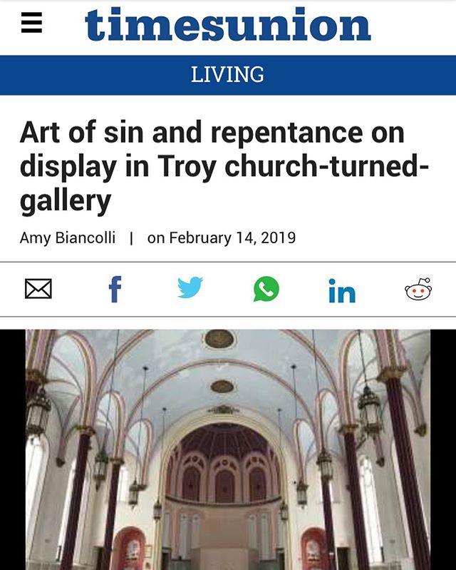 Thank you to writer @amybiancolli8755 and @albanytimesunion for the review! We are thrilled that curator @wanderingberet and participating artists had a great opening! 🖤🙌🖤 link in bio to read!
