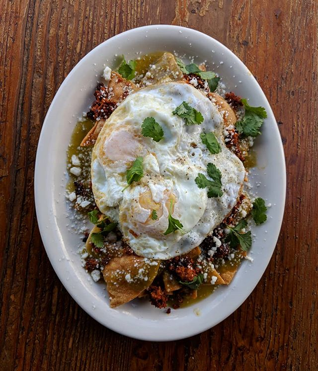 #chilaquiles con chorizo. Because why not?
