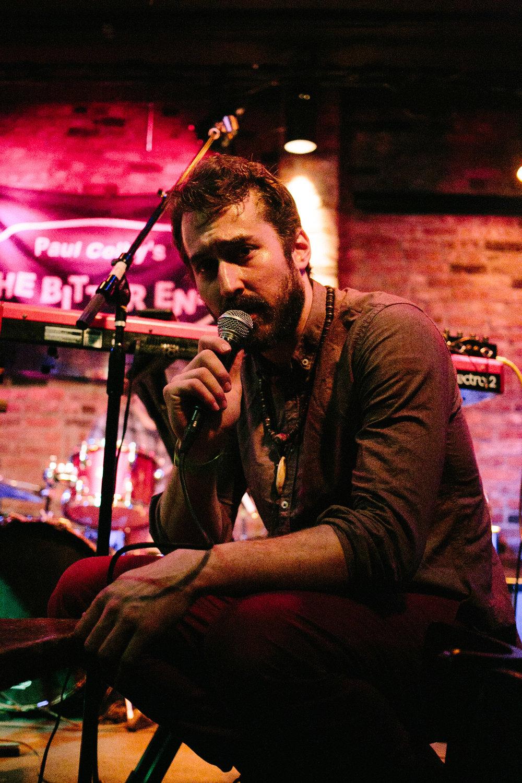 W sings crouched 2.jpg