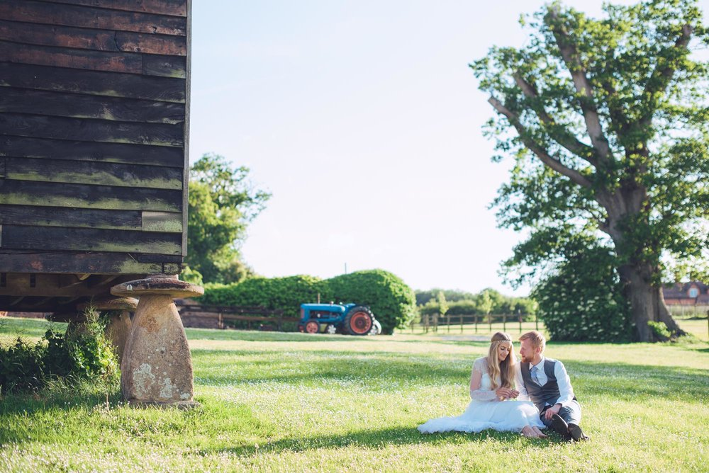 Nicola & Richard Wedding at Huntstile Farm