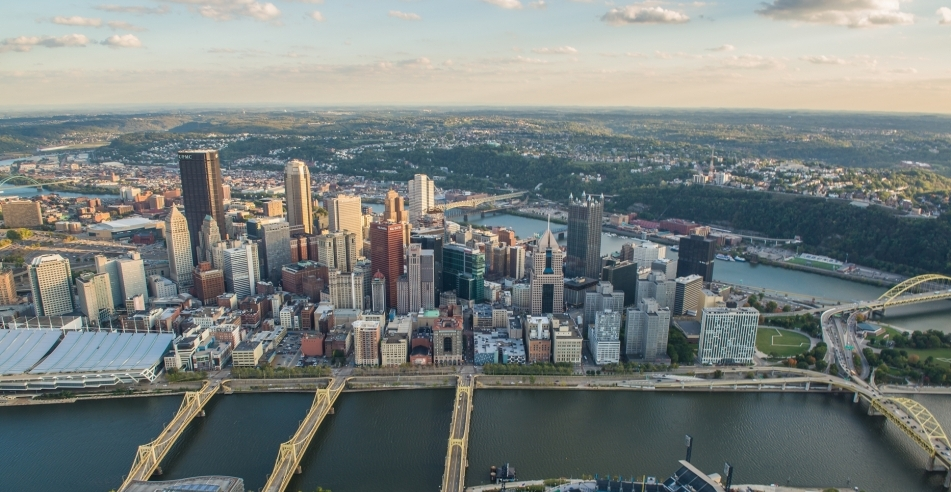 Pittsburgh-shines-in-this-aerial-view-above-the-North-Side(pp_w951_h634).jpg