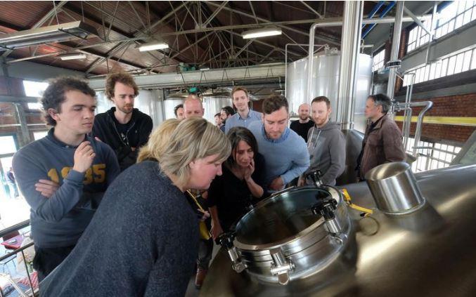HLN - Bierliefhebbers brouwen voor Berrefonds