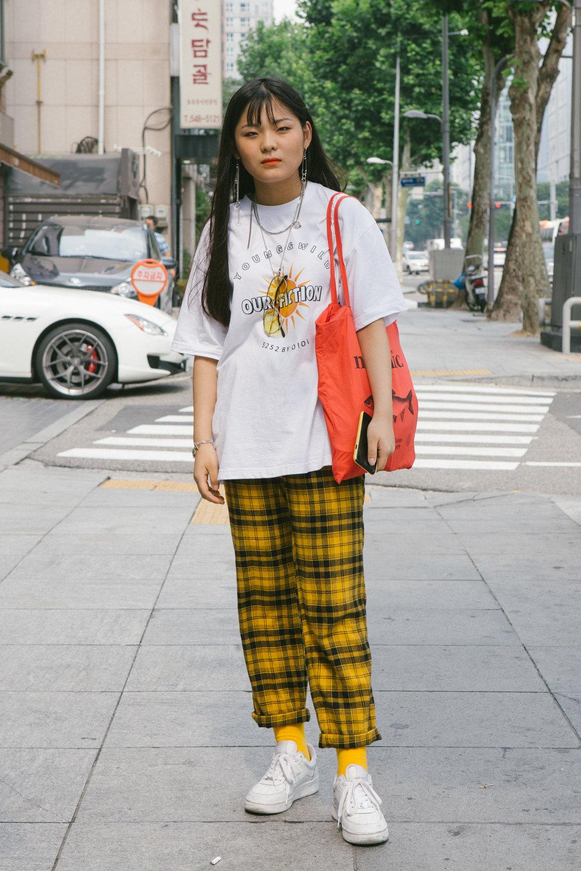 Pengasia Street Style 2017 - Womens 20-01.jpg