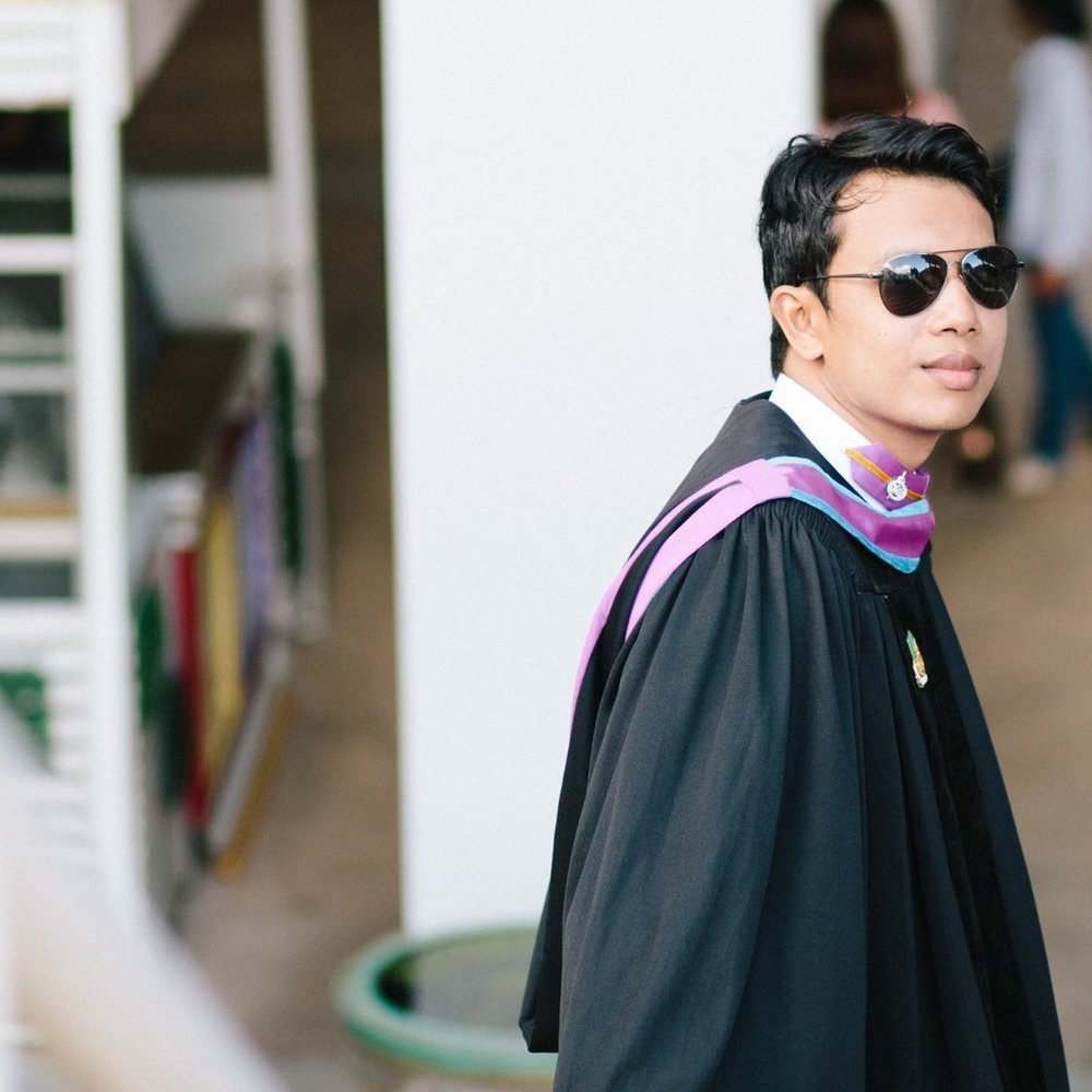 "Anuwat Yuenyong   School/University: Prince Songia University  Subject: Information Technology   ""I really appreciate your point of doing. Thank you a lot all of the things are you supporting me begin until I graduate from university.    **GRADUATED!!**"