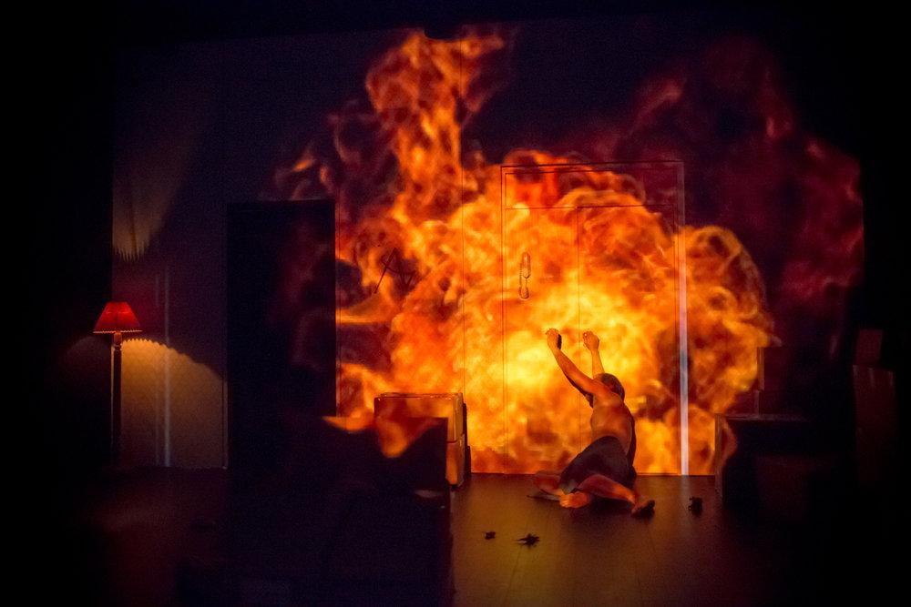 kvinna-fr-fr_sogn-og-fjordane-teater-8_37509247141_o.jpg