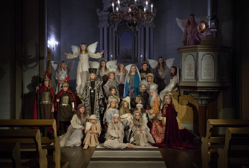 Julekrybba Jølster Kulturskule og Reidun Melvær Berge
