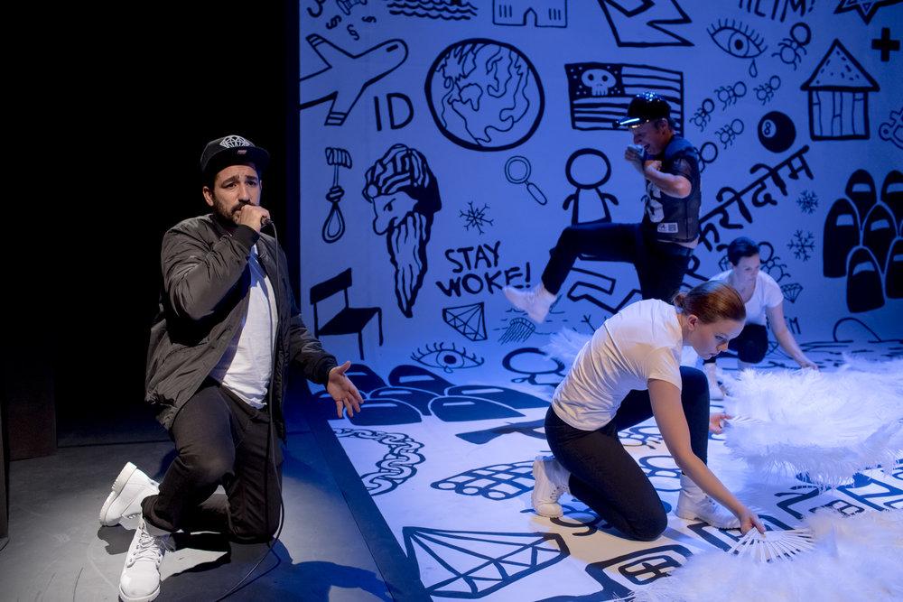 2017_Invasjon_Sogn_og_Fjordane_Teater (1).jpg
