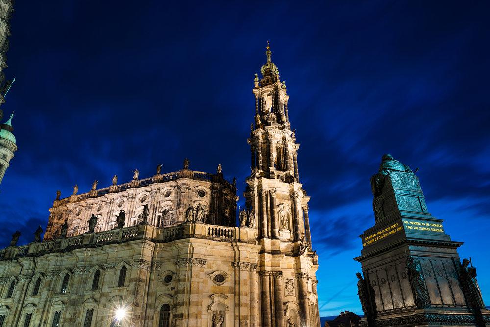 Illluminated Katholische Hofkirche
