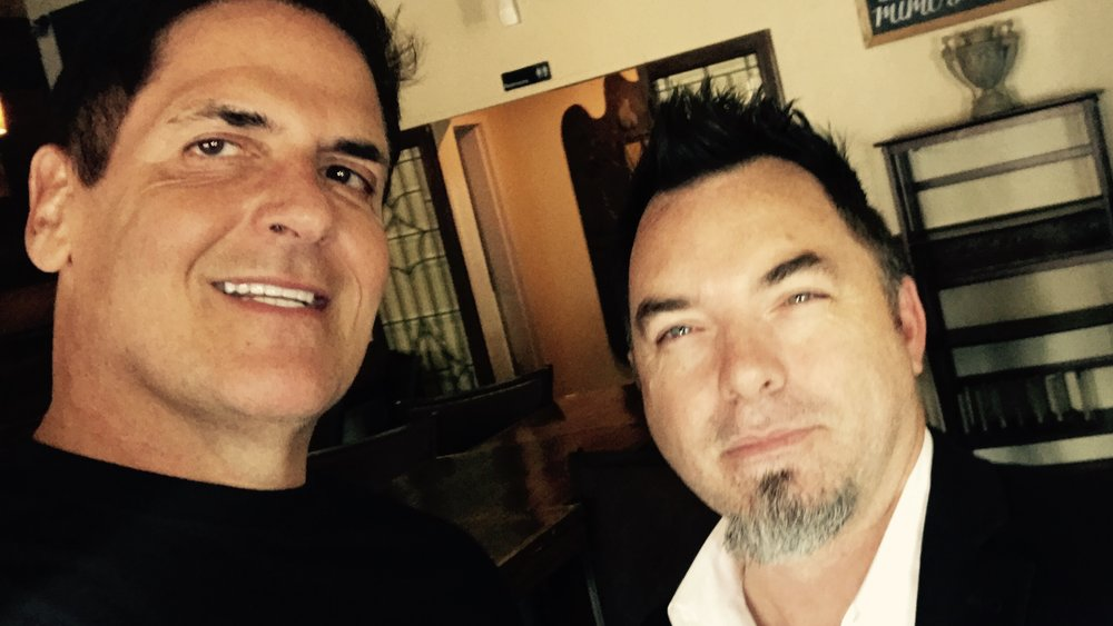 Mark Cuban Schools Eric Hanes on How To Take a Selfie