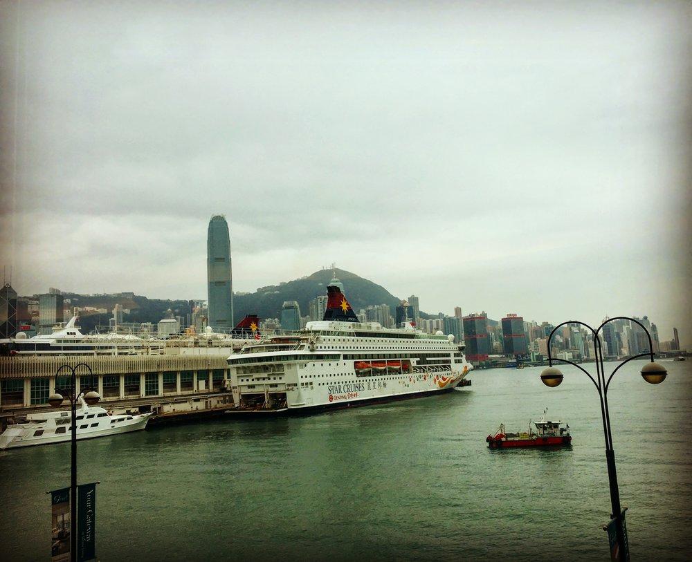 Hong Kong Harbour.jpg