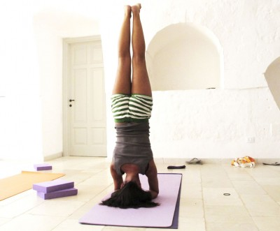 yoga-holiday-400x331.jpg