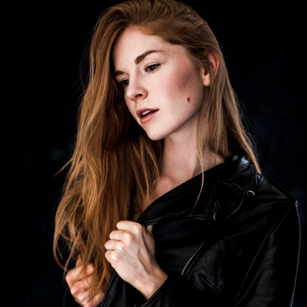 Lauren Wood HeadShot.jpg