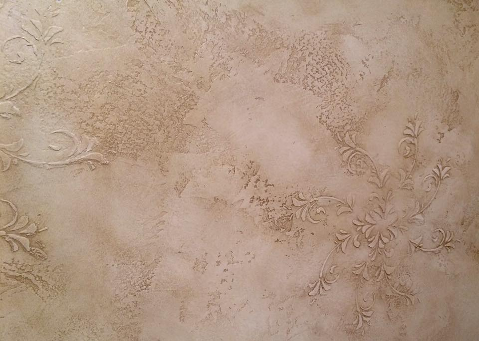 Tuscan plaster with raised stenciled design and glaze
