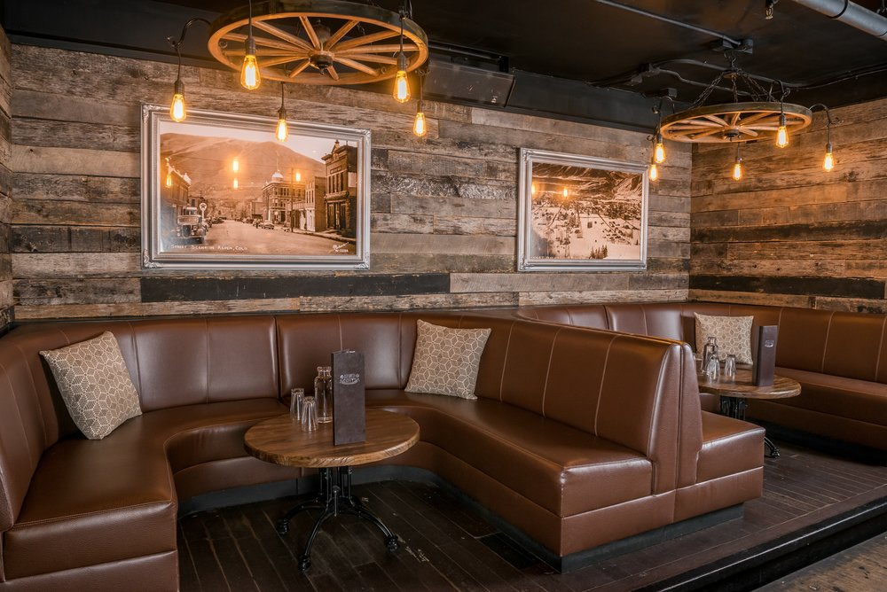 Catch up with old friends or make new ones in our comfortable, casual seating areas; reserve one for a live music show or night on the town.