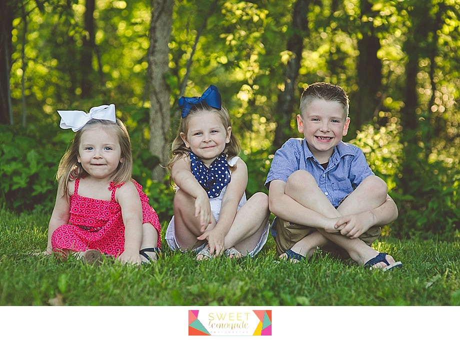 Lake-of-the-woods-Mahomet-central-IL-family-photographer-Champaign-Police-Fathers-Day-Sweet Lemonade Photography_0166.jpg
