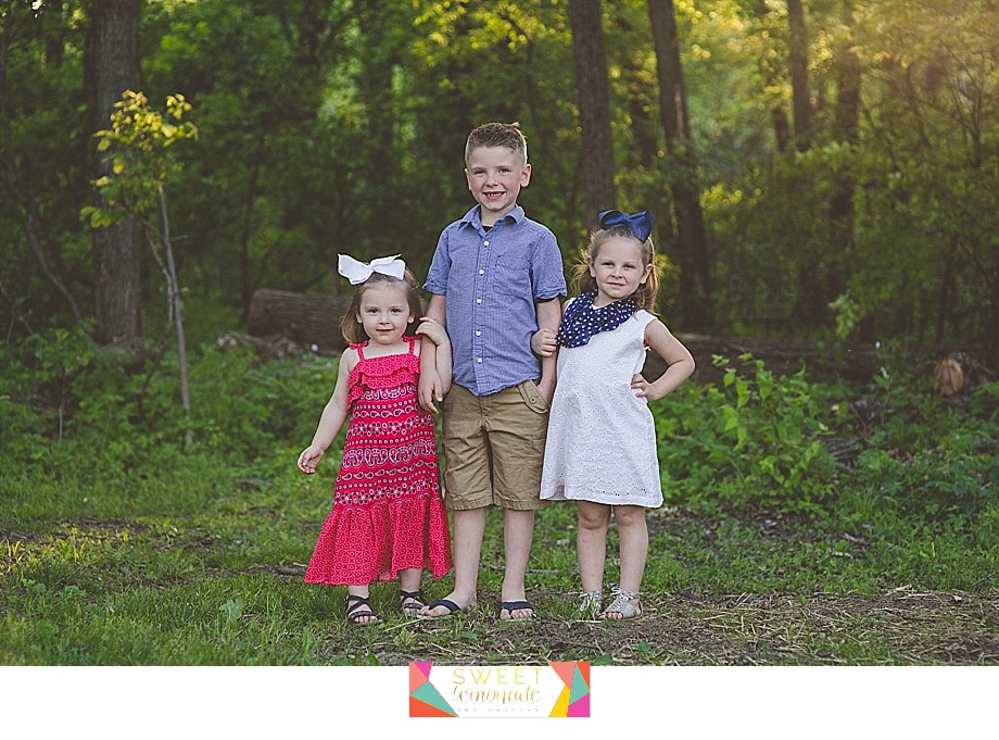 Lake-of-the-woods-Mahomet-central-IL-family-photographer-Champaign-Police-Fathers-Day-Sweet Lemonade Photography_0168.jpg