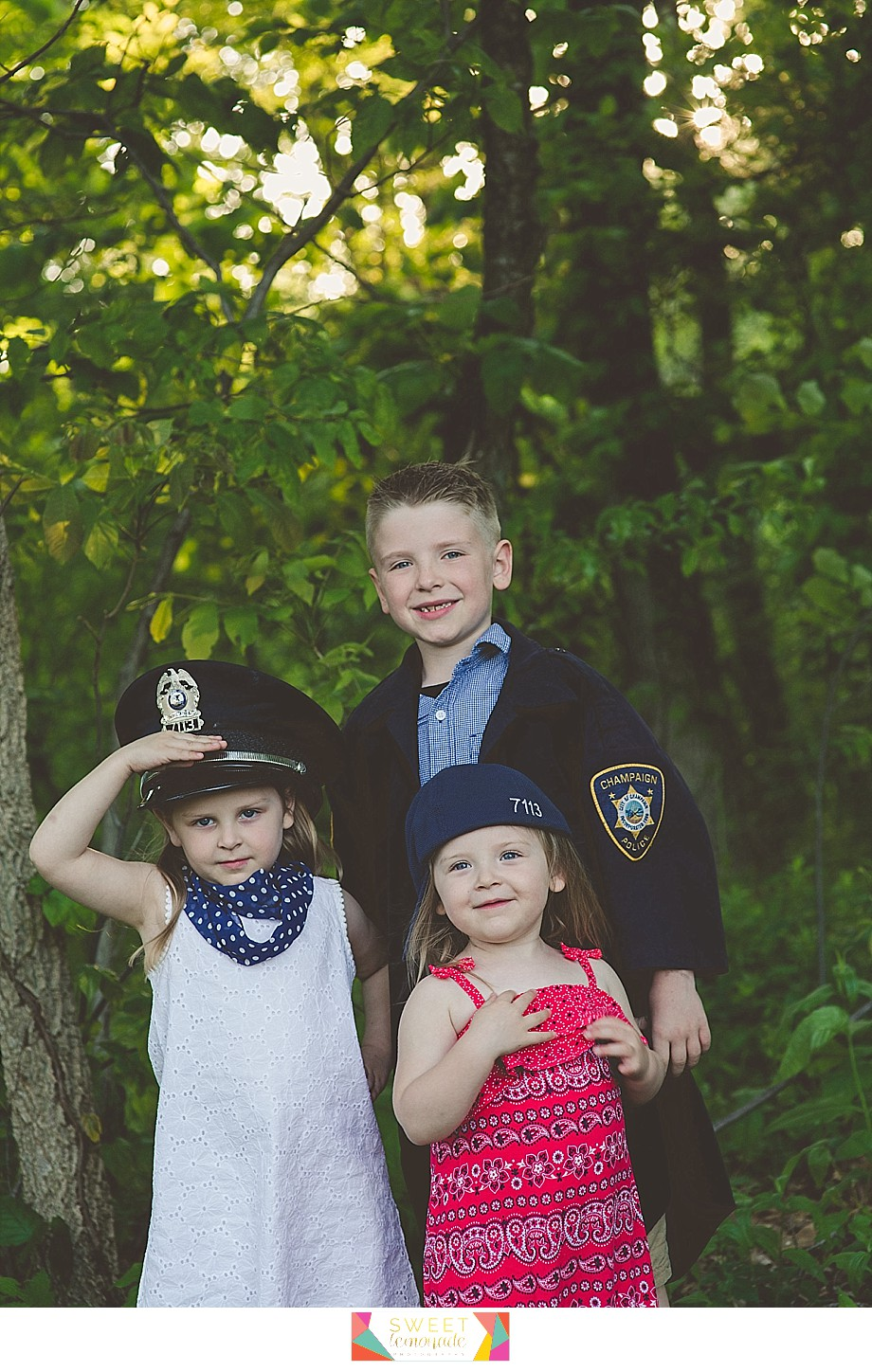 Lake-of-the-woods-Mahomet-central-IL-family-photographer-Champaign-Police-Fathers-Day-Sweet Lemonade Photography_0169.jpg