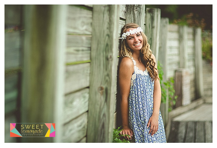 hippie senior girl pictures crystal lake park