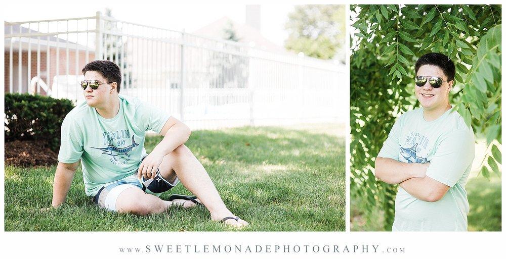 champaign-senior-photographer-sweet-lemonade-photography-senior-pictures-pool_2151.jpg