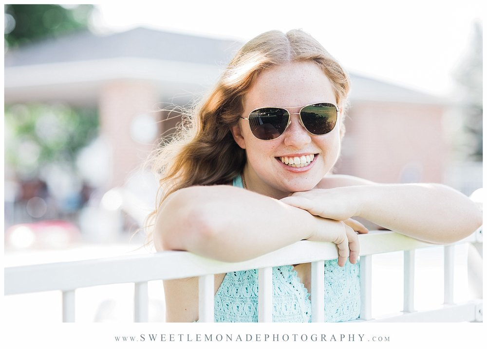 champaign-senior-photographer-sweet-lemonade-photography-senior-pictures-pool_2146.jpg