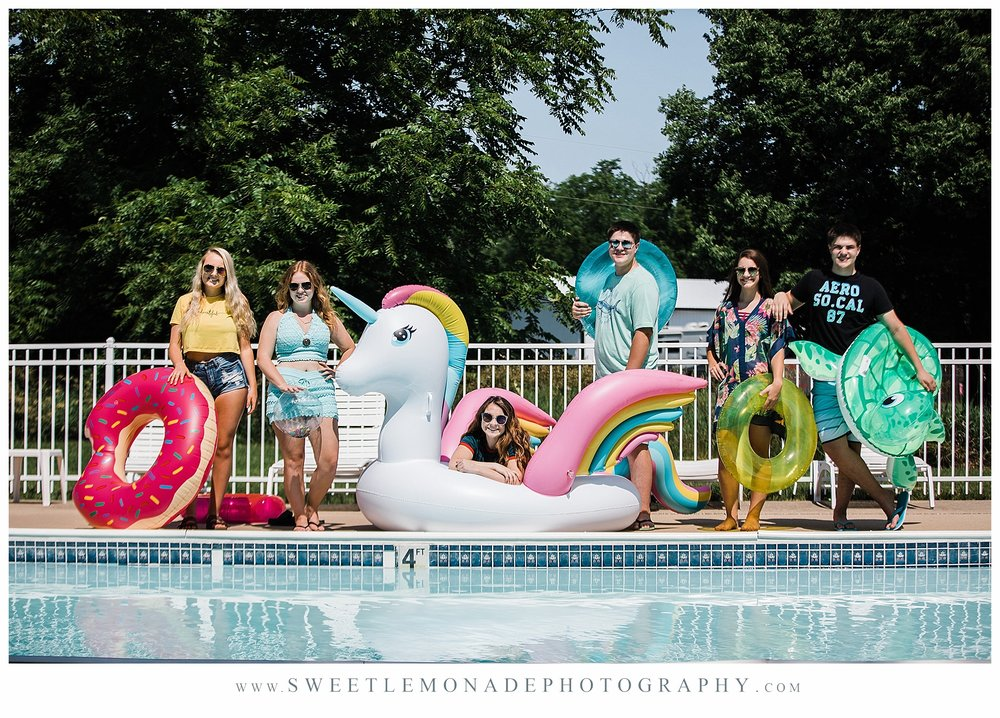 champaign-senior-photographer-sweet-lemonade-photography-senior-pictures-pool_2173.jpg