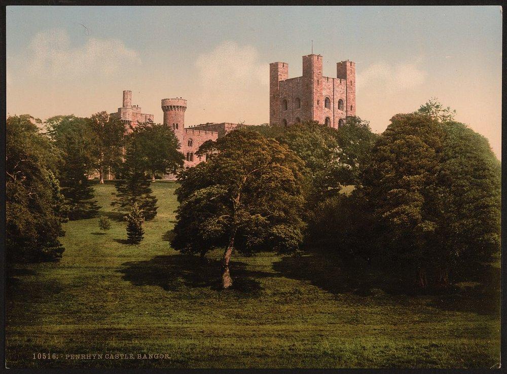 Penrhyn Castle between 1890 and 1900.jpg