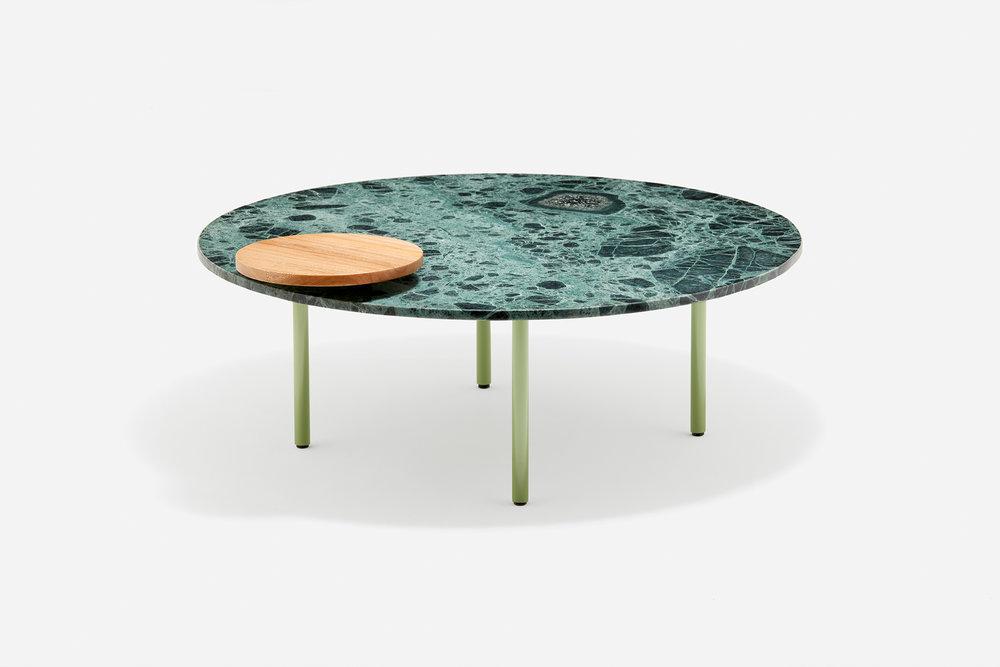 La mesa de centro WW de la colección Loos.