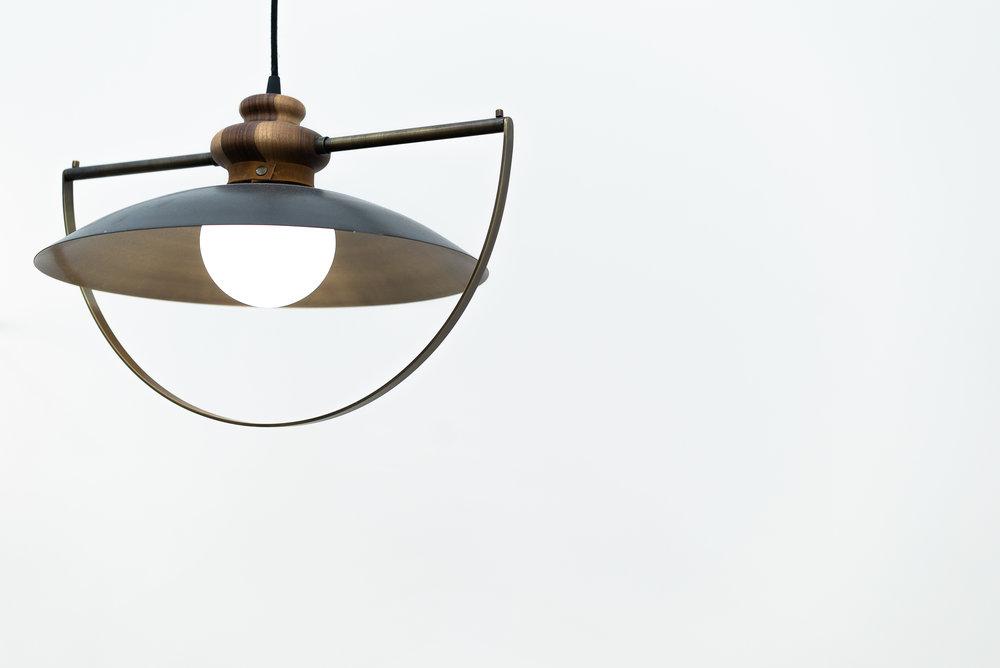 """""""O"""" Lamp de Pérch Mobiliario"""