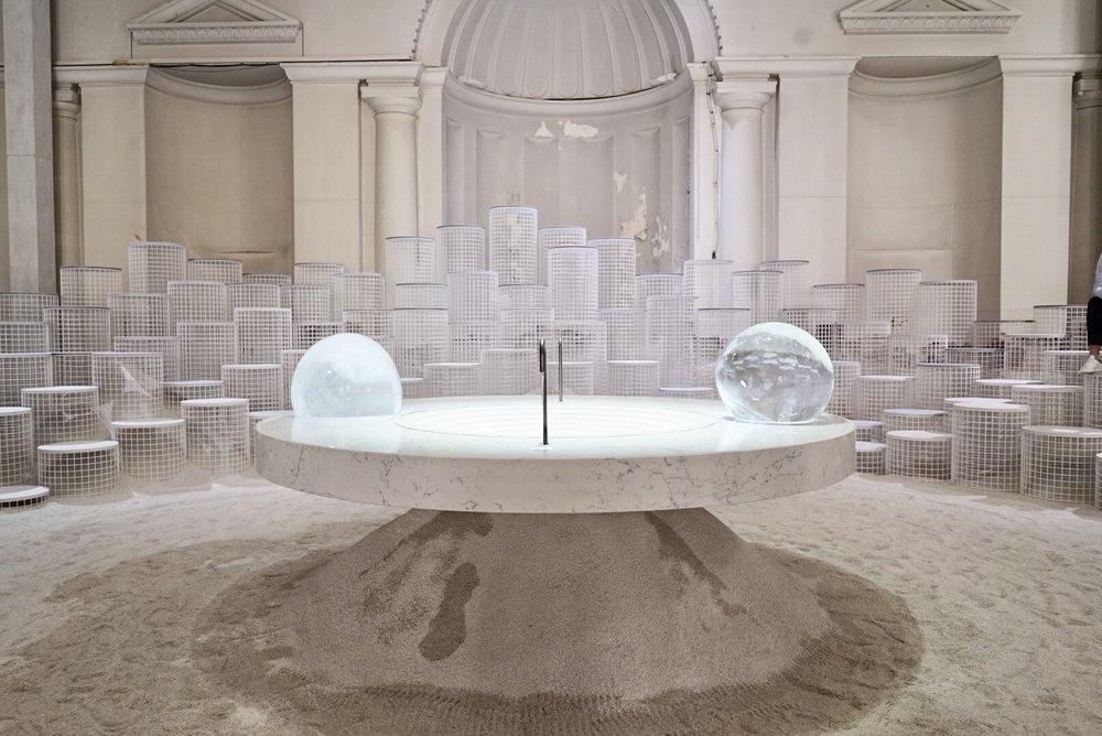 La exposición Caesarstone durante la Semana del Diseño de Milán 2018.