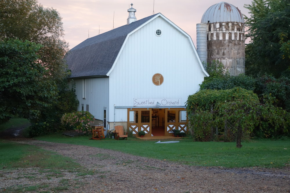 The barn in the evening 2.JPG
