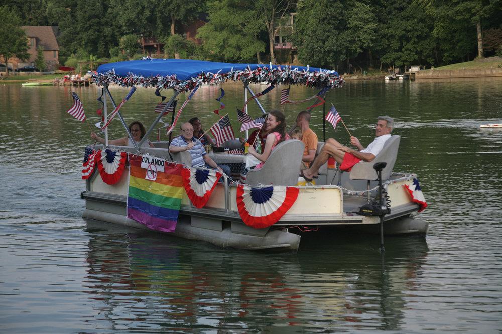WGL boat parade 2016  2081  2016-07-02.jpg
