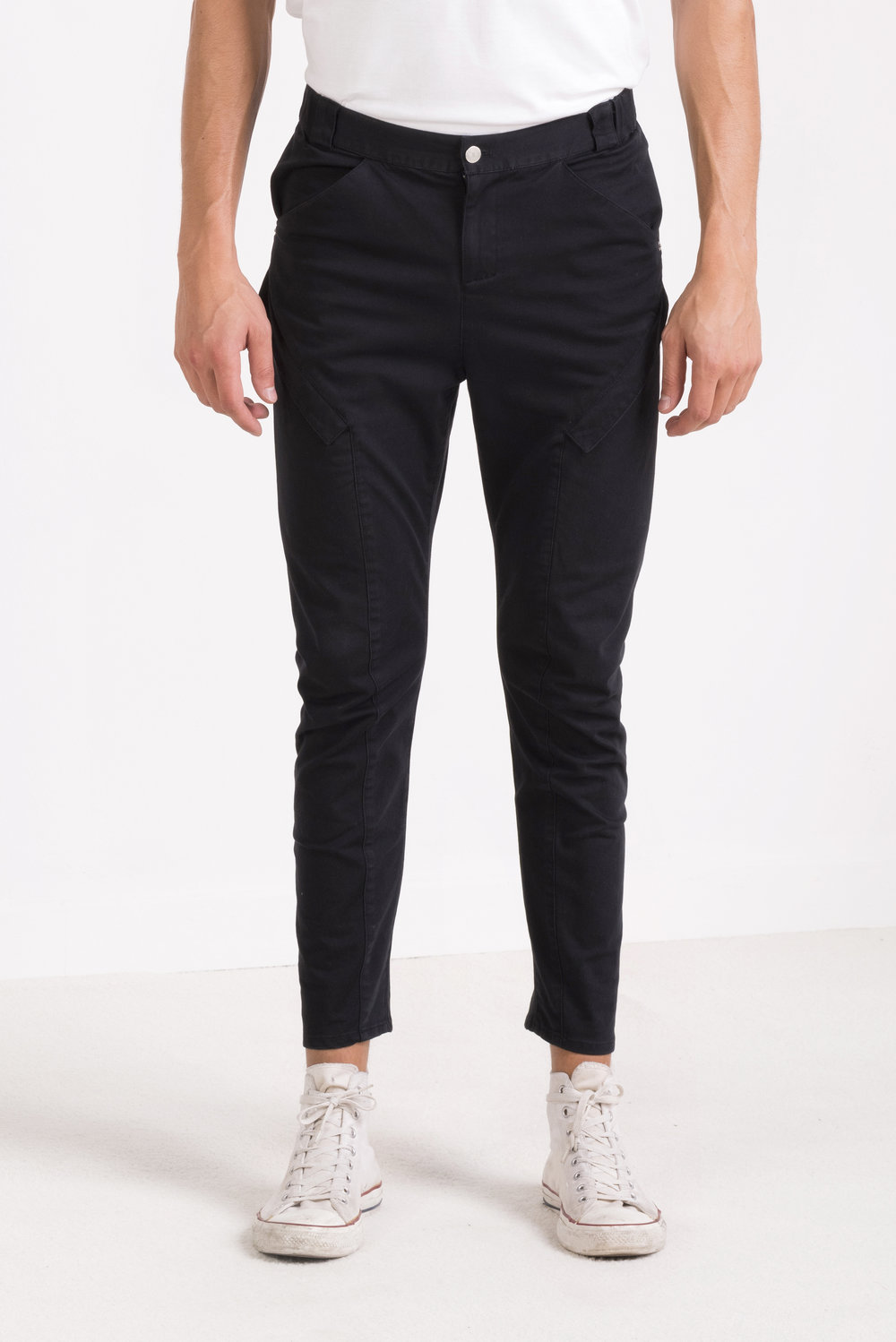 oneculture Fitted cargo pants 2.jpg