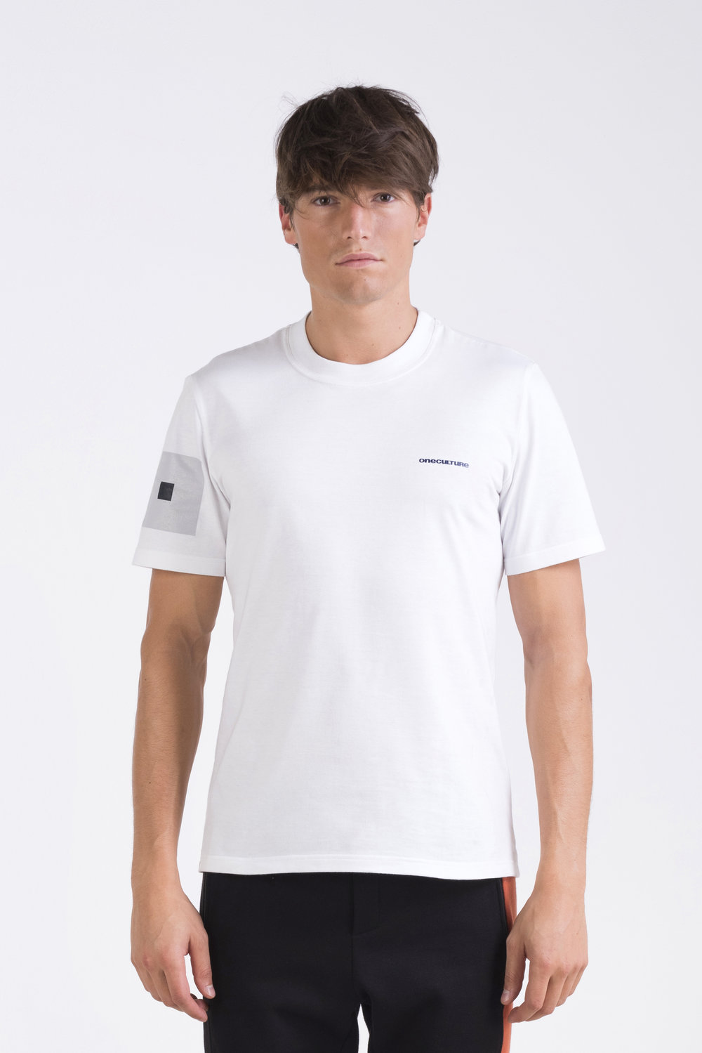 oneculture logo tee 2.jpg